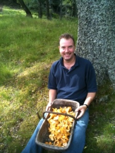 A wild cook after a successful foraging trip
